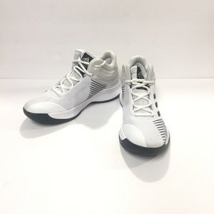 ADIDAS Boys Pro Spark 2018 Basketball Shoes Size 5